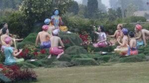 Prem Mandir of Radha Krishna in Vrindavan – A true iconic temple of Love in Bharat today !!
